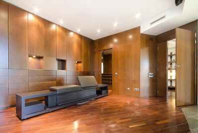 Spacious, stylish apartment in Barcelona with panoramic city view